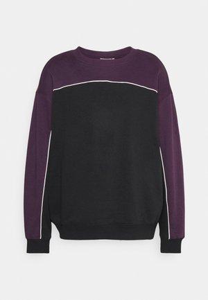 EXCLUSIVE OVERSIZED UNISEX - Ikdienas džemperis - black/purple/white