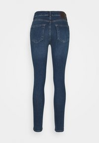 Pieces Petite - PCDELLY  - Jeans Skinny Fit - medium blue denim