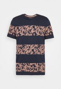 Jack & Jones - JORMONDAY - Print T-shirt - navy blazer - 3