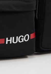 HUGO - RECORD BUMBAG - Heuptas - black