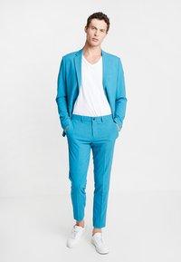 Lindbergh - PLAIN MENS SUIT - Oblek - turquoise melange - 1