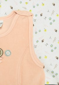 Jacky Baby - WOODLAND SET - Overal - altrosa/off white - 3
