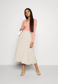 NA-KD - PLEATED MIDI SKIRT - A-line skirt - beige - 1