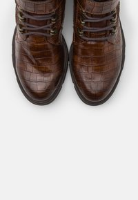 s.Oliver - Botki sznurowane - cognac - 5