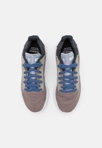 adidas Originals - GEODIVER - Sneakers basse - halo silver/core black/footwear white - 3