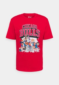 Outerstuff - NBA CHICAGO BULLS SPACE JAM 2 TUNES ON COURT TEE - T-shirt con stampa - red - 4