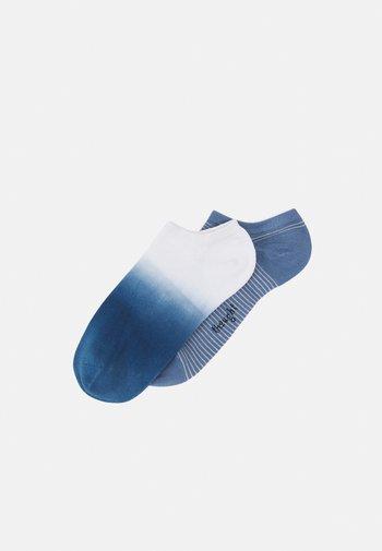 MERCY DIP DYE PEGGY STRIPE SOCKS 2 PACK - Sukat - denim blue/powder blue