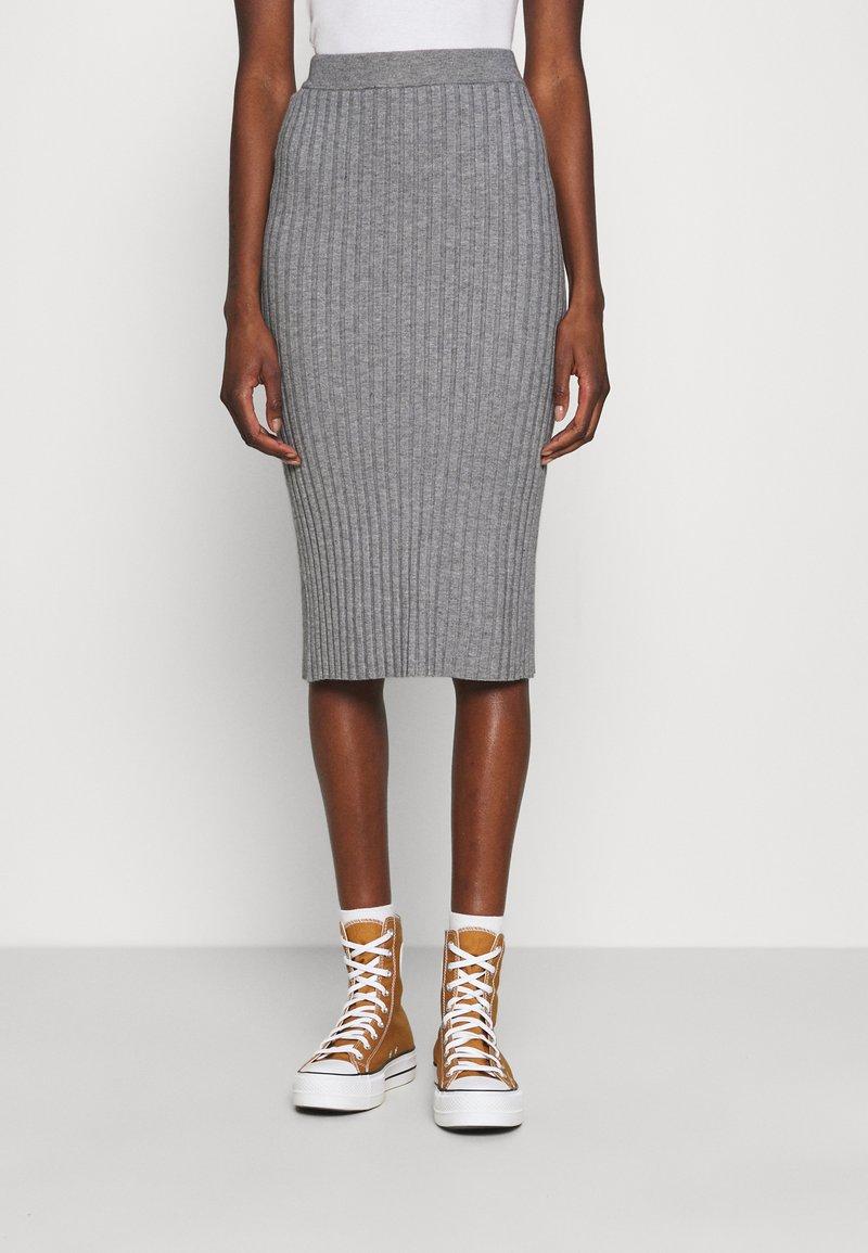 Moss Copenhagen - GWEN RACHELLE SKIRT - Pencil skirt - mottled grey