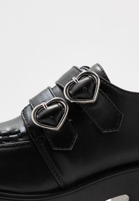 Koi Footwear - VEGAN - Platåsko - black - 2
