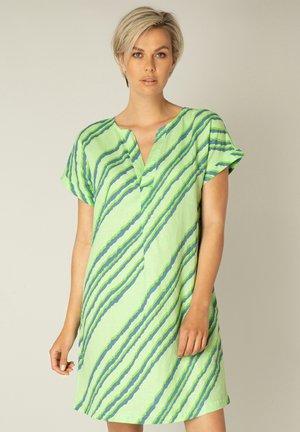 KAIDA - Korte jurk - pistachio green/mult