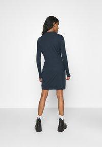 Vero Moda - VMNORA SHORT DRESS - Day dress - navy blazer - 2