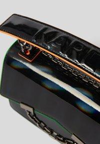KARL LAGERFELD - SEVEN IRIDESCENT  - Handbag - black - 2
