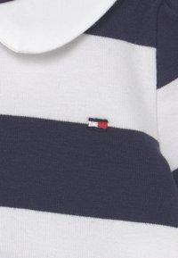Tommy Hilfiger - BABY RUGBY STRIPE DRESS - Day dress - twilight navy - 2