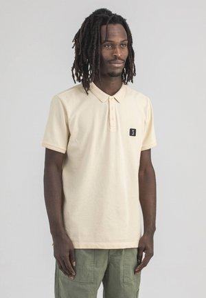COMFORT - Poloshirt - chalk
