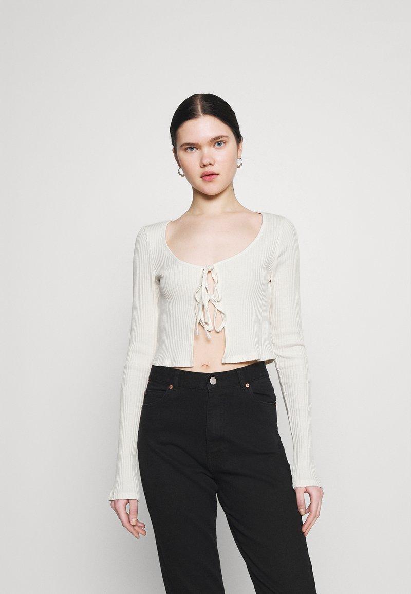 Weekday - TIE CARDIGAN - Cardigan - off white