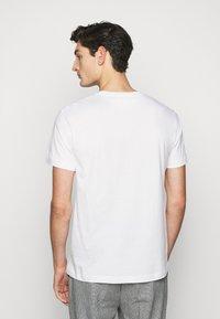 Libertine-Libertine - BEAT LOGO - T-shirt basique - white - 2