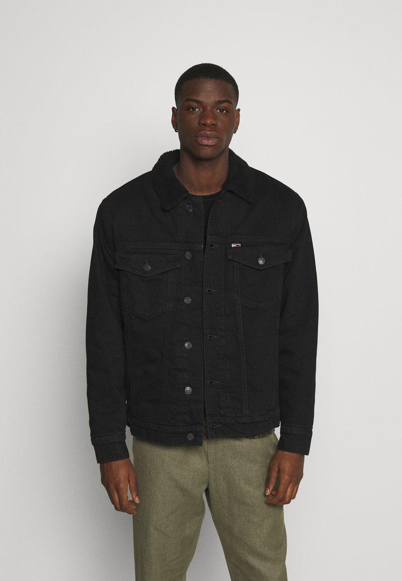Tommy Jeans - UNISEX - Denim jacket - kalmar black