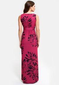 HotSquash - EMPIRE - Długa sukienka - red with black flowers - 1