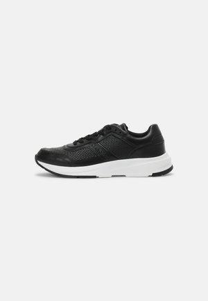 LACE UP NANO MONO - Sneakers laag - black