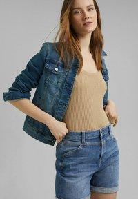 Esprit - Denim shorts - blue medium washed - 6