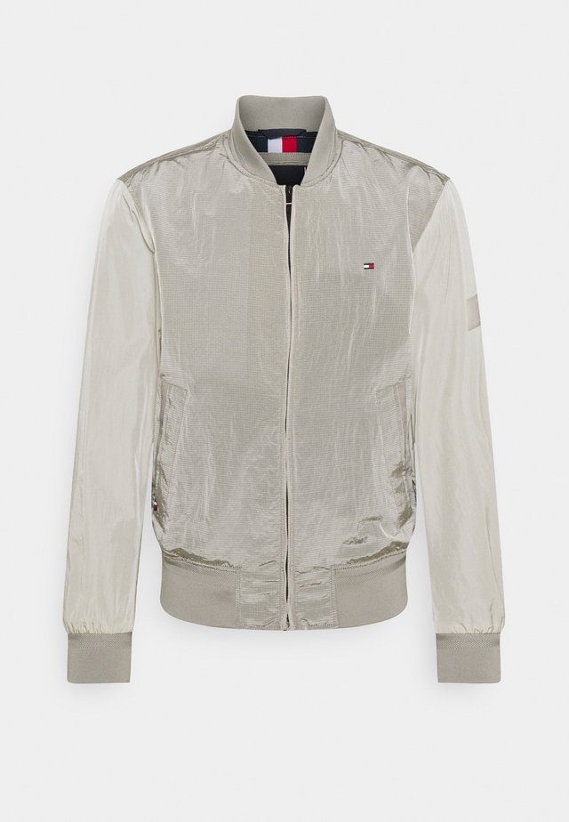 LIGHTWEIGHT - Bomber Jacket - sand