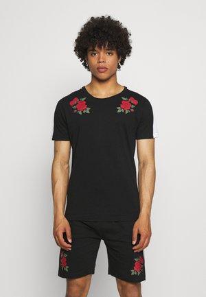 ROSE PRINTED SET - Printtipaita - black