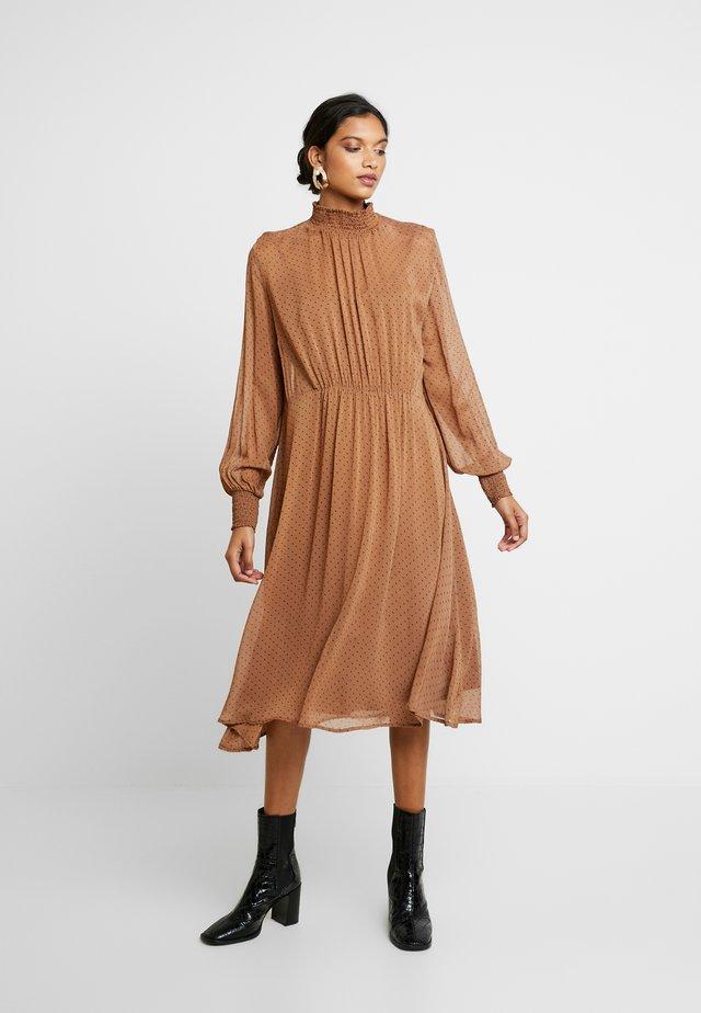 SRCLARA MIDI DRESS - Day dress - brown