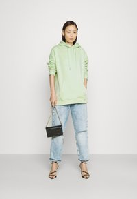 Nly by Nelly - OVERSIZED HOODIE - Hoodie - pistachio - 1