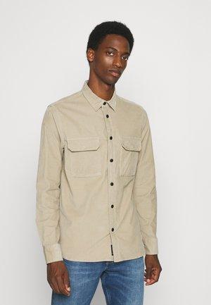 REGULAR - Overhemd - crockery