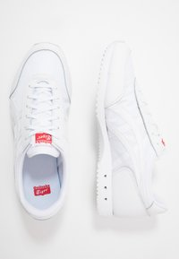 Onitsuka Tiger - NEW YORK INUSEX  - Sneakersy niskie - white - 1