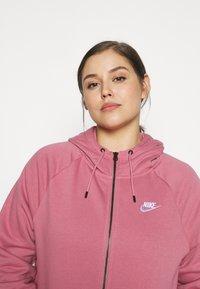 Nike Sportswear - HOODY - Zip-up hoodie - desert berry - 4