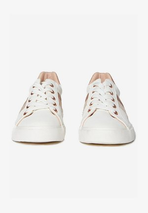 WIDE FIT IMPROVE - Sneakers basse - white