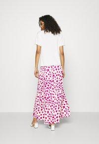 Fabienne Chapot - CORA SKIRT - Zavinovací sukně - white/pink - 2