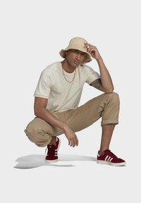 adidas Originals - ADICOLOR 3-STRIPES NO-DYE T-SHIRT - T-shirt basique - white - 1
