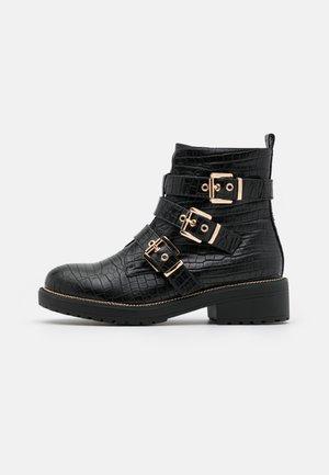 BORN - Cowboy/biker ankle boot - black