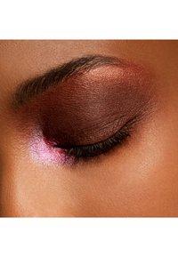 MAC - SMALL EYE SHADOW PRO PALETTE - Eye shadow - swiss chocolate - 4