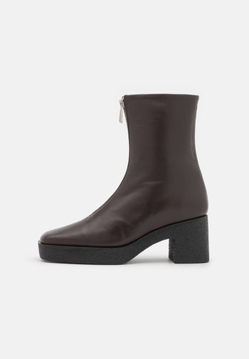 EILEEN PLATFORM BOOT - Platform ankle boots - dark oak