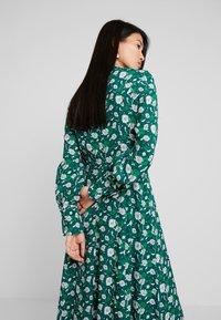 IVY & OAK - Maxi dress - evergreen - 5