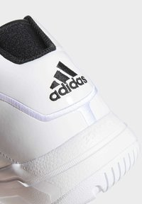 adidas Performance - PRO MODEL 2G SHOES - Basketbalschoenen - white - 7