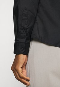 Shelby & Sons - FORDWICH SHIRT - Formal shirt - black - 4