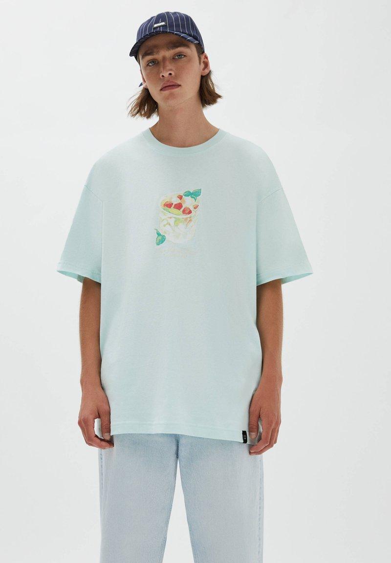 PULL&BEAR - Print T-shirt - evergreen