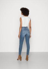 Esprit - SHAPING - Jeans Skinny Fit - blue medium wash - 2