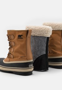 Sorel - CARNIVAL - Winter boots - camel brown - 5