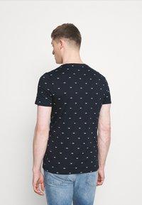 Pier One - T-shirt med print - dark blue - 2