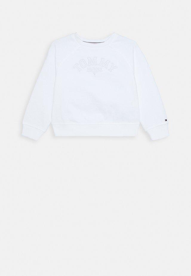 TONAL EMBROIDERED GRAPHIC CREW - Sweatshirt - white