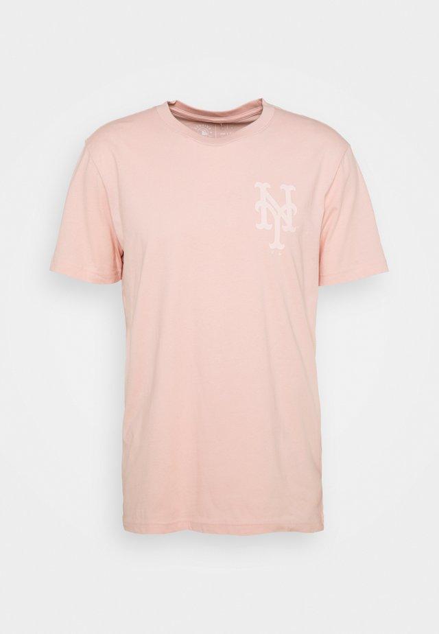 MLB NEW YORK METSREVERSE STADIUM GRAPHIC - T-shirts med print - pink