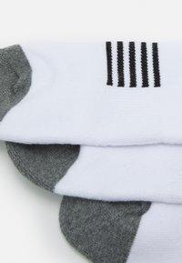 K-SWISS - SPORT SOCKS 3 PACK UNISEX - Sportovní ponožky - white - 1