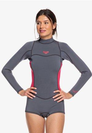 SYNCRO SERIES - Wetsuit - deep grey/scarlet