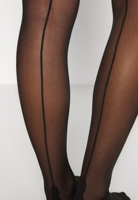Bluebella - HOLD UPS BACKSEAM PLAIN - Overknee-strømper - black - 3