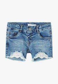 Name it - Denim shorts - medium blue denim - 0
